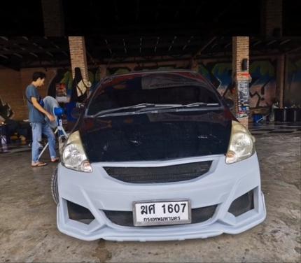 แต่งรถ Honda Jazz ปี 2003 ชุดแต่ง Type r concept 2